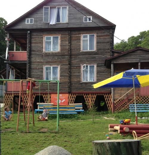 Открытая детская площадка для детей