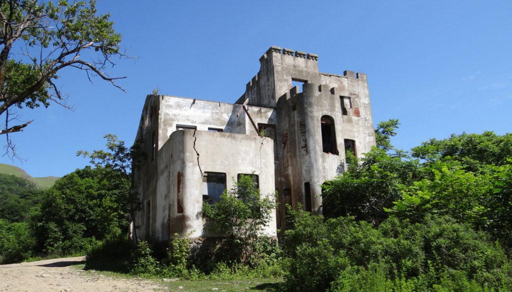 Оборонный дом Янковского в бухте Витязь